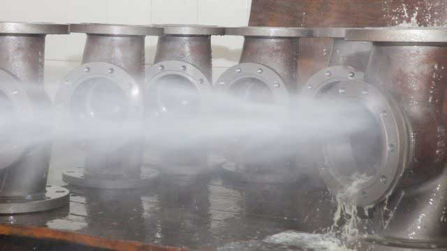 pressure-washing-for-degreasing